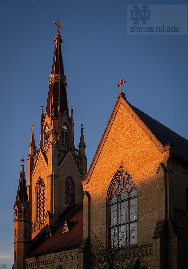 December 2, 2020; East side of the Basilica of the Sacred Heart at sunrise (Photo by Matt Cashore/University of Notre Dame)