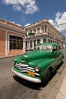 Cuba, Oldtimer in Cienfuegos, , Unesco-Weltkulturerbe