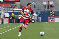 FC Dallas forward Kenny Cooper (33) looks for the cross in his team's come from behind victory over Real Salt Lake. Real Salt Lake vs FC Dallas at Pizza Hut Park Frisco, Texas May-24-2008 Final Score 1-2