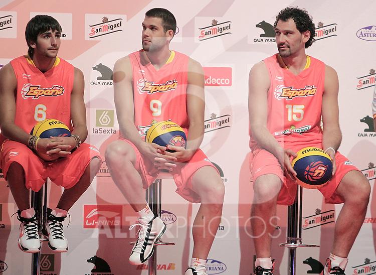 Spain's basket national team players Ricky Rubio, Felipe Reyes and Jorge Garbajosa during presentation for world championships. July 21, 2010. (ALTERPHOTOS/Alvaro Hernandez)