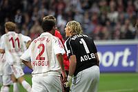 Torwart Rene Adler (Eintracht Frankfurt) regt sich auf