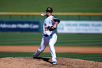 Mesa Solar Sox relief pitcher Dean Deetz (19), of the Houston Astros organization, delivers a pitch to the plate during an Arizona Fall League game against the Glendale Desert Dogs on October 28, 2017 at Sloan Park in Mesa, Arizona. The Solar Sox defeated the Desert Dogs 9-6. (Zachary Lucy/Four Seam Images)