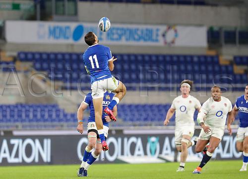 31st October 2020, Olimpico Stadium, Rome, Italy; Six Nations International Rugby Union, Italy versus England;  Mattia Bellini (Italy) takes the high kick