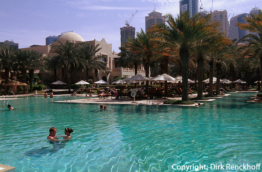 Vereinigte arabische Emirate (VAE, UAE), Dubai, Hotel One & Only Royal Mirage. Pool