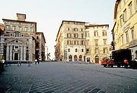 Italy: Perugia,Piazza Della Republica. Photo '83.