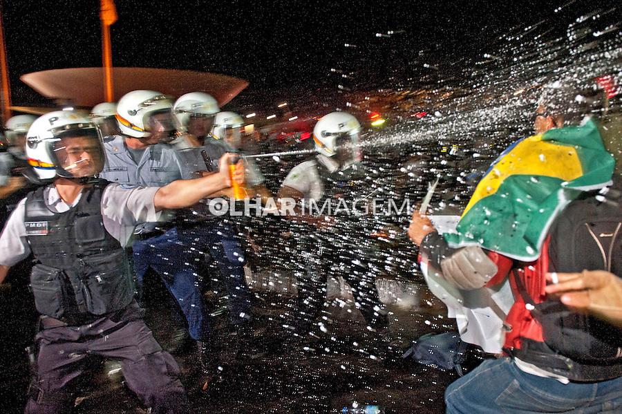 Manifestaçao Muda Brasil. Movimento Passe Livre, MPL. Brasilia. Distrito Federal. 2013. Foto de Sergio Amaral.