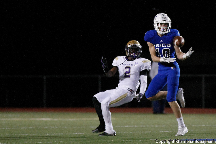 Boswell defeats Chisholm Trail 17-14 in district 5-5A high school football at Pioneer Stadium in Fort Worth on Friday, November 6, 2015. (photo by Santi Xaysompheng)