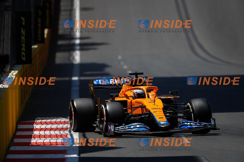 03 RICCIARDO Daniel (aus), McLaren MCL35M, action during the Formula 1 Azerbaijan Grand Prix 2021 from June 04 to 06, 2021 on the Baku City Circuit, in Baku, Azerbaijan -<br /> FORMULA 1 : Grand Prix Azerbaijan <br /> 05/06/2021 <br /> Photo DPPI/Panoramic/Insidefoto <br /> ITALY ONLY