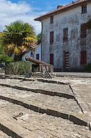 France, Aquitaine, Pyrénées-Atlantiques, Pays Basque,  Guiche: Le port, ancienne galupe//  France, Pyrenees Atlantiques, Basque Country, Guiche: old scow: galupe