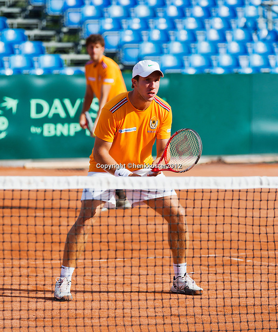 12-09-12, Netherlands, Amsterdam, Tennis, Daviscup Netherlands-Swiss, Training Netherlands, Robin Haase and Igor Sijsling(foreground) in the doubles.
