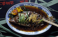 Asie/Chine/Jiangsu/Nankin: Préparation de poisson typique de la cuisine de Nankin<br /> PHOTO D'ARCHIVES // ARCHIVAL IMAGES<br /> CHINE 1990