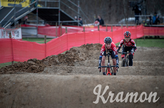 Annemarie Worst (NED/777) & Denise Betsema (NED/Pauwels Sauzen - Bingoal) fighting it out over the challenging dirt pump track<br /> <br /> Women's Race<br /> CX GP Leuven (BEL) 2020<br />  <br /> ©kramon