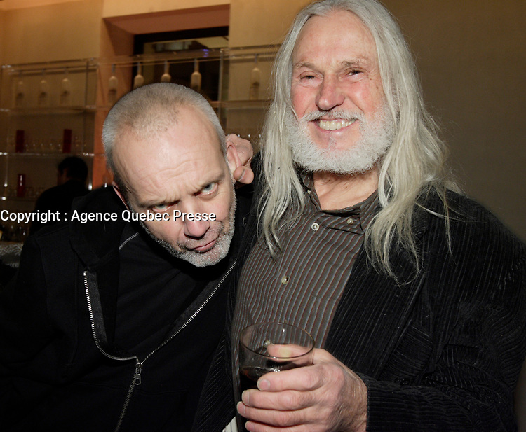 Montreal (Qc) CANADA , Dec 2009 file photo - Zilon,Armand Vaillancourt<br /> <br /> <br /> PHOTO : Agence Quebec Presse