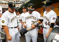Pittsburgh Pirates Sign Prosthetic Leg of Afghanistan War Veteran