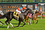 20 June 2009: Straight Story, ridden by Chuck Lopez, comes in second to Battle of Hastings in the Colonial Turf Cup (Gr II) stakes race.
