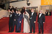 ALEXANDRE MALLET-GUY, ASHGAR FARHADI, TARANEH ALIDOOSTI, SHAHAB HOSSEINI, BABAK KARIMI - CANNES 2016 - MONTEE DU FILM 'LE CLIENT'