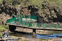 FOZ DO IGUAÇU, PR - 24.03.2020 – CORONAVIRUS-PR – Trabalhadores do Parque Nacional do Iguaçu aproveitam o parque vazio para realização de manutenção na passarela na manhã desta terça-feira (24).O parque continua fechado para o público até a segunda ordem. Fato ocorre devido ao COVID-19. (Foto: Paulo Lisboa/Brazil Photo Press/Folhapress)