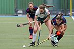 v.li.: Paulina Niklaus (MHC, 25), Maike Scheuer (Mülheim, 48), Fiona Felber (MHC, 6), Zweikampf, Spielszene, Duell, duel, tackle, tackling, Dynamik, Action, Aktion, 01.05.2021, Mannheim  (Deutschland), Hockey, Deutsche Meisterschaft, Viertelfinale, Damen, Mannheimer HC - HTC Uhlenhorst Mülheim <br /> <br /> Foto © PIX-Sportfotos *** Foto ist honorarpflichtig! *** Auf Anfrage in hoeherer Qualitaet/Aufloesung. Belegexemplar erbeten. Veroeffentlichung ausschliesslich fuer journalistisch-publizistische Zwecke. For editorial use only.