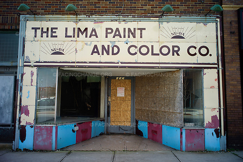 Lima, Ohio.March 2012..Downtown Lima resembles many Midwestern small towns with many closed businesses and boarded up storefronts, even as some new buildings and industry continue.