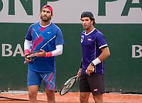 Paris, France, 04 ,10,  2020, Tennis, French Open, Roland Garros, Men's doubles Jean Julien Rojer (NED) (R) and Horia Tecau (ROU)<br /> Photo: Susan Mullane/tennisimages.com