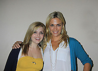 09-09-12 BEST GH Kelly Sullivan & Jen Lilley - Uncle Vinnie's Comedy Club