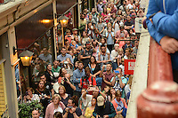 Pictured: Saturday 17 September 2016<br /> Re: Roald Dahl's City of the Unexpected has transformed Cardiff City Centre into a landmark celebration of Wales' foremost storyteller, Roald Dahl, in the year which celebrates his centenary.<br /> Hundreds pack Castle Arcade, Cardiff to watch the Fox String Quartet.