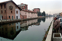 Il Naviglio Grande a Trezzano Sul Naviglio, paese a sud - ovest di Milano --- Naviglio Grande channel in Trezzano Sul Naviglio, small village south west of Milan