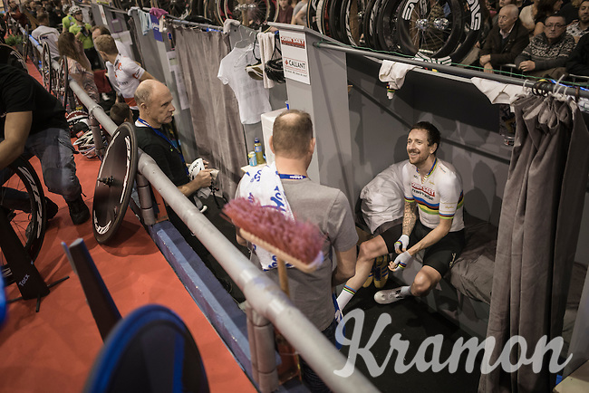 A happy Sir Bradley Wiggins (GBR/Wiggins) returns to his trackside 'suite' after winning the elimination round<br /> <br /> 2016 Gent 6<br /> day 4