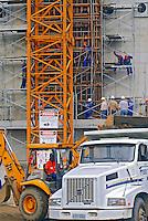 Construção de depósito de rejeitos radioativos. Usina Nuclear Angra 2. Angra dos Reis. Rio de Janeiro. 2007. Foto de Luciana Whitaker.