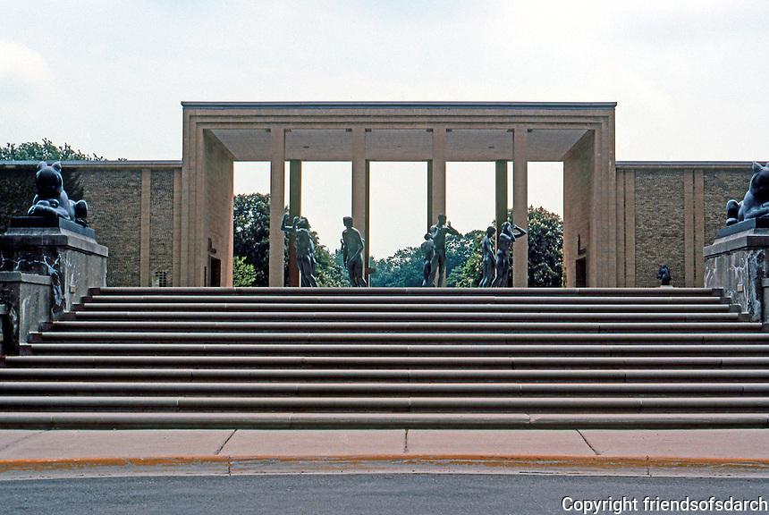 Eliel Saarinen: Cranbrook Academy of Art, Bloomfield Hills, MI. 1943. Photo '97.