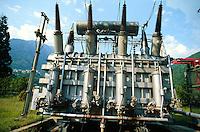- electric transformer in Grosio hydroelectric power station of AEM (Municipal Energetic Company of Milan)....- trasformatore nella centrale idroelettrica AEM (Azienda Energetica Municipale di  Milano) a Grosio (Sondrio, Valtellina)