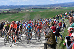 The peloton on sector 10 Colle Pinzuto during Strade Bianche 2019 running 14km from Siena to Siena, held over the white gravel roads of Tuscany, Italy. 9th March 2019.<br /> Picture: Eoin Clarke   Cyclefile<br /> <br /> <br /> All photos usage must carry mandatory copyright credit (© Cyclefile   Eoin Clarke)