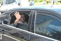 BRASÍLIA, DF 02 DE MARÇO 2013 - CONVENÇÃO NACIONAL DO PMDB EM BRASÍLIA.  A Presidente da Republica Dilma Rousseff apos convensão nacional do PMDB no Auditório do Centro Empresarial Brasil 21  em Brasilia neste sabado, 02.  FOTO RONALDO BRANDÃO/BRAZIL PHOTO PRESS