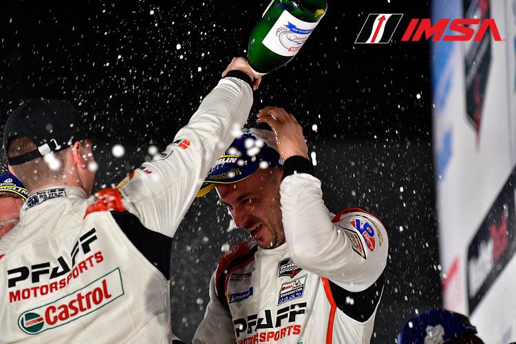 #9 PFAFF Motorsports Porsche 911 GT3 R, GTD: Scott Hargrove, Zacharie Robichon, Lars Kern, podium