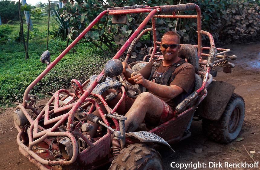 Dominikanische Republik, Strandauto (Quad, ATV) bei Cabarete