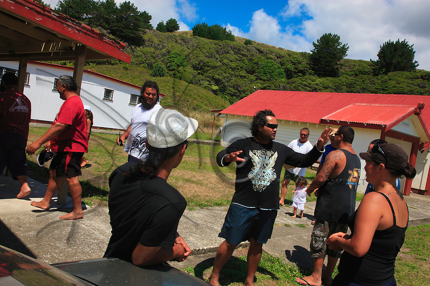 In the village of Whangaparaoa, in the marae, the sailors from the Te Aurere Waka are welcomed with ceremony.