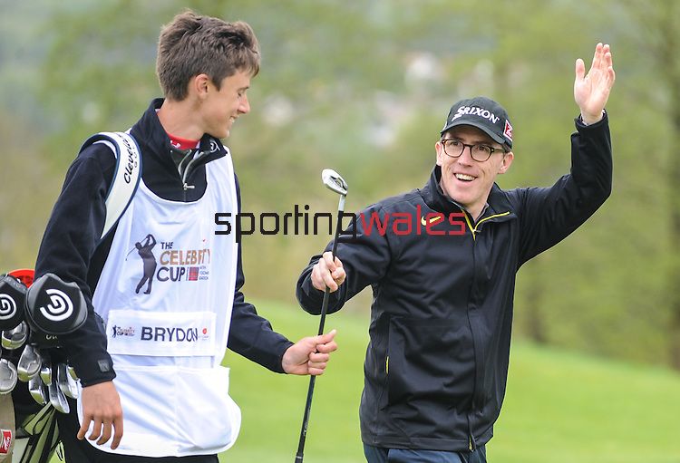 Wales Rob Brydon waves at the crowd after holing his shot from the fairway..Celebrity Cup at Golf Live  - Celtic Manor Resort - Friday 10th  May  2013 - Newport ..© www.sportingwales.com- PLEASE CREDIT IAN COOK