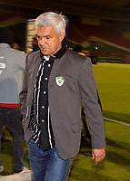 TUNJA-COLOMBIA, 25-03-2019: Humberto Sierra, técnico de La Equidad, durante partido entre Patriotas Boyacá y La Equidad, de la fecha 11 por la Liga de Águila I 2019 en el estadio La Independencia en la ciudad de Tunja. / Humberto Sierra, coach of La Equidad, during a match between Patriotas Boyaca and La Equidad, of the 11th date for the  Aguila Leguaje I 2019 at La Independencia stadium in Tunja city. Photo: VizzorImage / José Miguel Palencia / Cont.