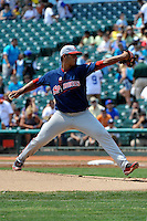 Lowell Spinners pitcher Luis Diaz #34 during game against the Brooklyn Cyclones at MCU Park on July 18, 2011 in Brooklyn, NY.  Lowell defeated Brooklyn 11-5.  Tomasso DeRosa/Four Seam Images