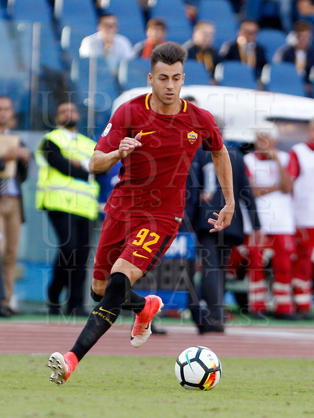 Calcio, Serie A: Roma vs Udinese. Roma, stadio Olimpico, 23 settembre 2017.<br /> Roma's Stephan El Shaarawy in action during the Italian Serie A football match between Roma and Udinese at Rome's Olympic stadium, 23 September 2017. Roma won 3-1.<br /> UPDATE IMAGES PRESS/Riccardo De Luca