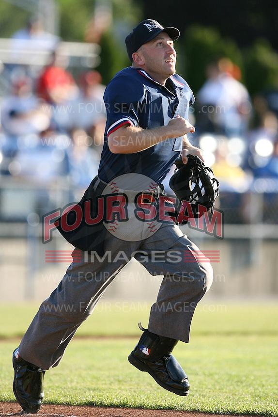 2007 MiLB Umpire Keith Rogowski during the New York-Penn League season.  Photo by Mike Janes/Four Seam Images