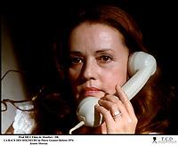 Prod DB © Films de Montfort / DR<br /> LA RACE DES SEIGNEURS (LA RACE DES SEIGNEURS) de Pierre Granier-Deferre 1974 FRA<br /> avec Jeanne Moreau<br /> telephone, d'apres le roman de Felicien Marceau