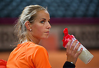 Februari 04, 2015, Apeldoorn, Omnisport, Fed Cup, Netherlands-Slovakia, Training Dutch team, Arantxa Rus <br /> Photo: Tennisimages/Henk Koster