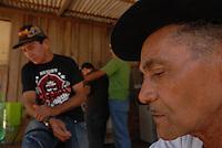 GUerrilha do Araguaia.<br />  José Maria Alves da Silva 72 anos que trabalhou como mateiro do exército na região(chapéu).<br /> Após quase 40 anos o ministério da defesa com o exército acompanhados com técnicos forenses, polícia federal e parentes de desaparecidos durante a guerrilha do Araguaia fazem uma série de encontros na região do conflito para tentar localizar corpos de desaparecidos.<br /> 13/08/2009<br /> Foto Paulo Santos