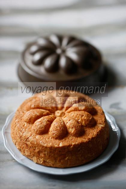 Europe/France/73/Savoie/Val d'Isère: Biscuit de Savoie de Patrick Chevallot Boulanger Pâtissier, Meilleur Ouvrier de France - Stylisme : Valérie LHOMME