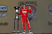 #8: Marcus Ericsson, Chip Ganassi Racing Honda celebrates on the podium