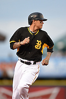 Bradenton Marauders Justin Sellers (38), on a rehab assignment from the Pittsburgh Pirates, runs the bases during a game against the Charlotte Stone Crabs on April 20, 2015 at McKechnie Field in Bradenton, Florida.  Charlotte defeated Bradenton 6-2.  (Mike Janes/Four Seam Images)