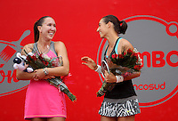 BOGOTA -COLOMBIA - 13-04-2014: Caroline Garcia de Francia y Jelena Jankovic de Serbia, bromean después de partido por la final de la Copa Open Claro Colsanitas 2014, durante partido en el Club Campestre El rancho de la ciudad de Bogota.  / Caroline Garcia of France jokes with Jelena Jankovic of Serbia, after the match of the final match for the Open Claro Colsanitas Tennis Cup 2014, in the Club Campestre El Rancho in Bogota cityPhoto: VizzorImage / Nestor Silva / Cont.