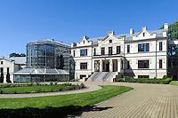ehemaliges Herrenhaus (Museum) mit Orangerie in Kretinga, Litauen, Europa