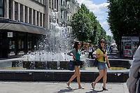 auf der Laisves Aleja  in Kaunas, Litauen, Europa